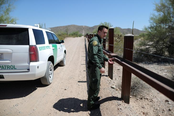 4/12 The Tucson Border Patrol sector is responsible for 262 miles of sweeping deserts and canyons. Gomez and Paiz could have been anywhere here. Agents weren't even sure they were on the U.S. side of the border.