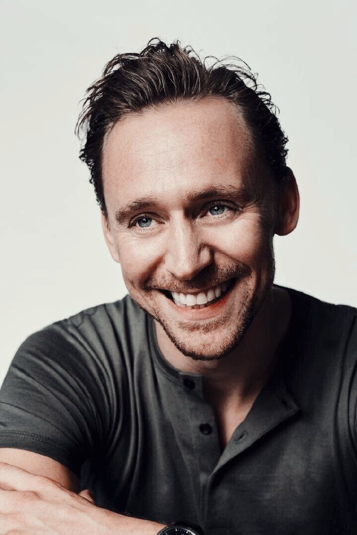 best of tom ☼ (@xhiddlestom) on Twitter photo 15/11/2018 18:06:38