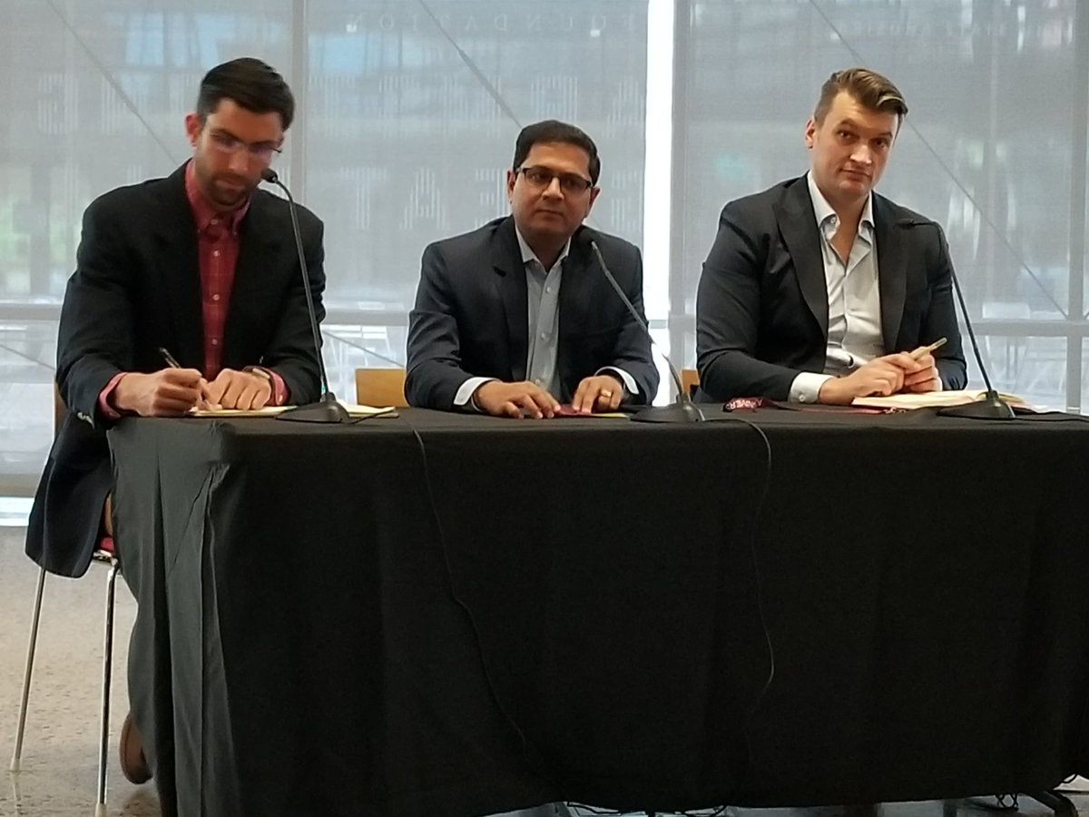 The smart region meets Civic Life panel at #ASUSmartRegion18.  @DavidHondula (@ASU), Hardik Bhatt (@AWS), and Hrvoje Cindric (ARUP). @US_Ignite https://t.co/WjoEx750Nl