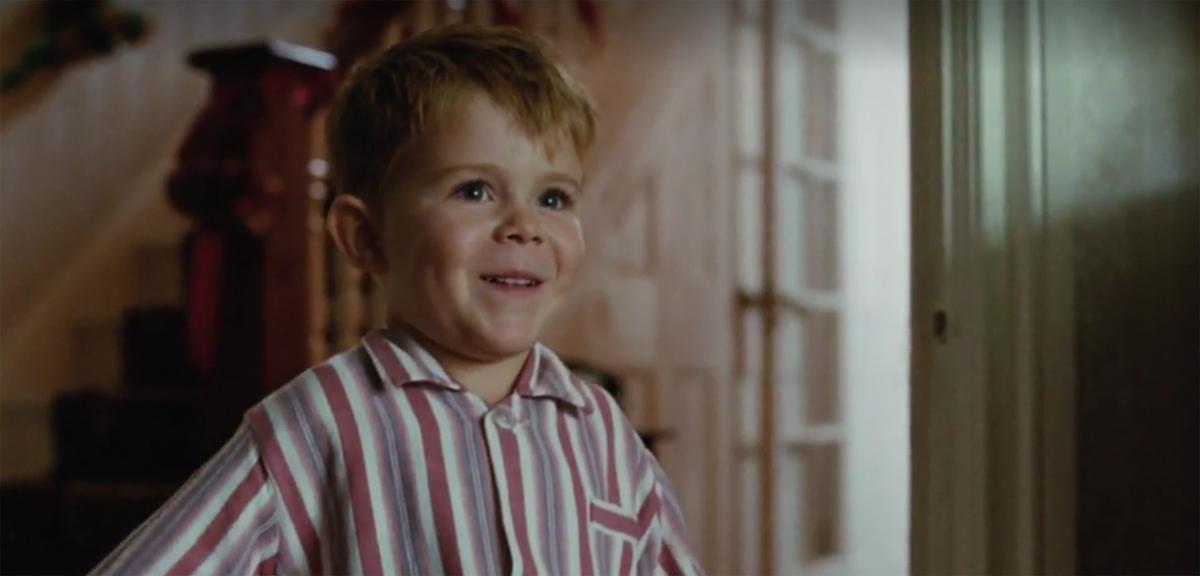 La pub de #Noël avec #EltonJohn qui va faire verser beaucoup de larmes 😢  #People #EltonJohnLewisL#Noël2018e@eltonofficialwis 2018  https://t.co/nGnyqd3hZH>>