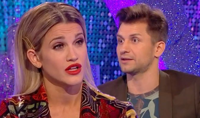 #Strictly stars Ashley Roberts and Pasha Kovalev HIT OUT at Craig's score  https://t.co/Zv4heZZygB