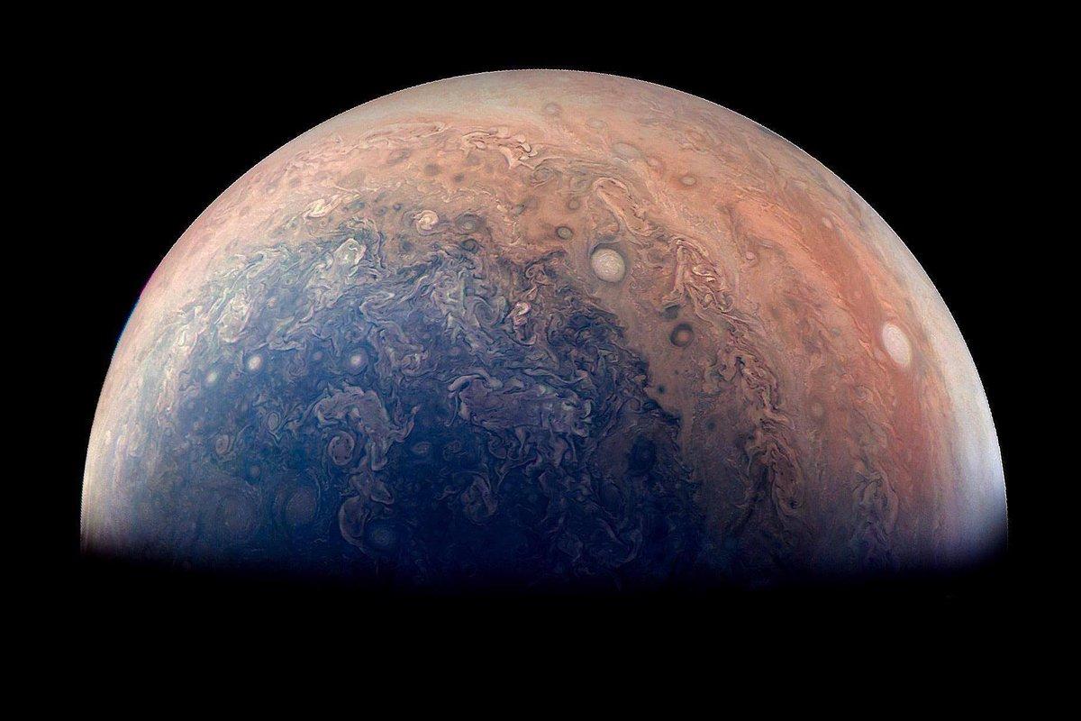 Juno's stunning image of Jupiter! #SPACE #ASTRONOMY (Credit: NASA)