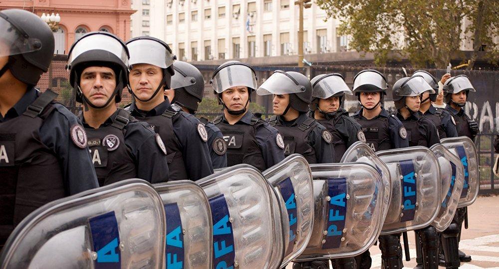 Arjantin'de G-20 Zirvesi öncesi bombalı saldırılar: 12 gözaltı sptnkne.ws/kayu