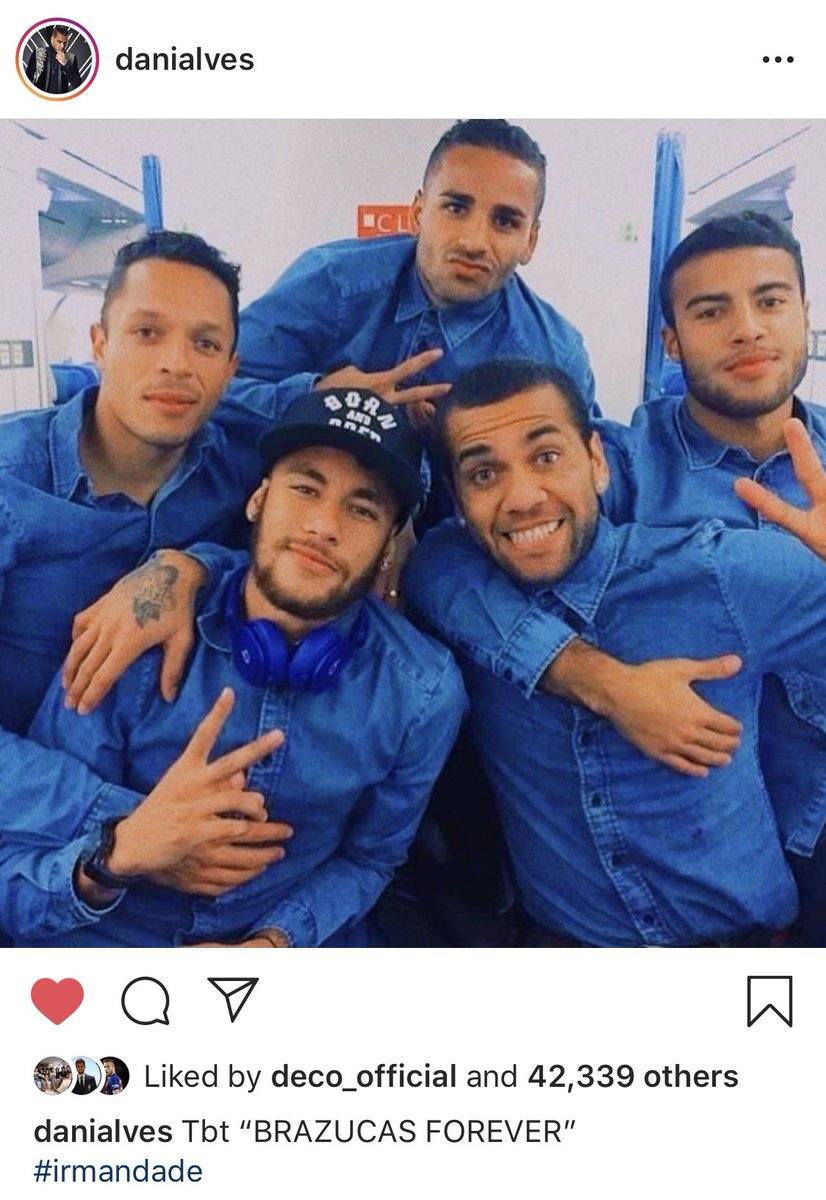 RT @Barcelista: Dani Alves throwing it back to back in the day Barca Brazil squad 😍 https://t.co/OMQ6i9Oy7G