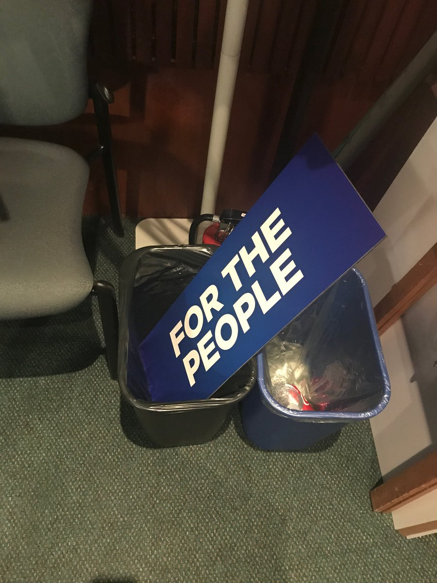 Spotted in the Queen's Park media studio... #onpoli