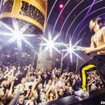Image for the Tweet beginning: Photos: @steveaoki at @tao_chicago  Full