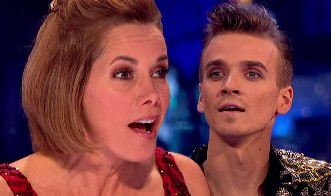 #Strictly star Joe Sugg APOLOGISES to Darcey Bussell over bizarre habit  https://t.co/HKRx9Feftj
