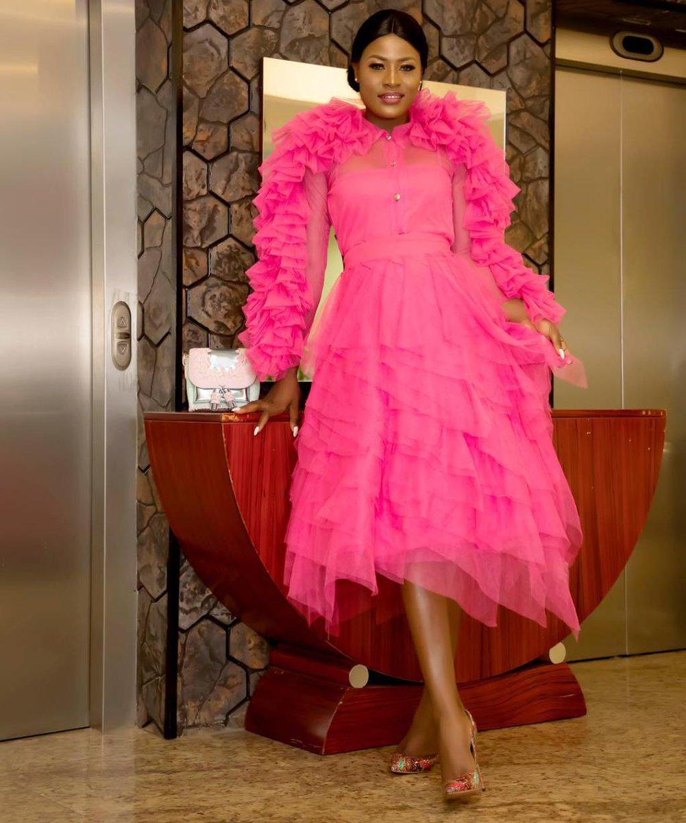 CN Style Spotlight: #BBNaija's Alex is Pretty in Pink for 'Project Pink Blue' FundraisingDinner  https:// covernaija.com/2018/11/16/cn- style-spotlight-bbnaijas-alex-is-pretty-in-pink-for-project-pink-blue-fundraising-dinner/ &nbsp; … <br>http://pic.twitter.com/3mV6DVBv3H