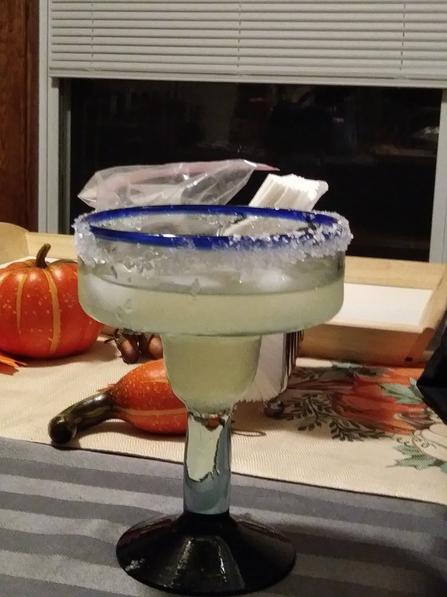 @steveaustinBSR My girlfriend loves your margarita. Thanks so much for the great recipe. https://t.co/DuBEJ2JMA3