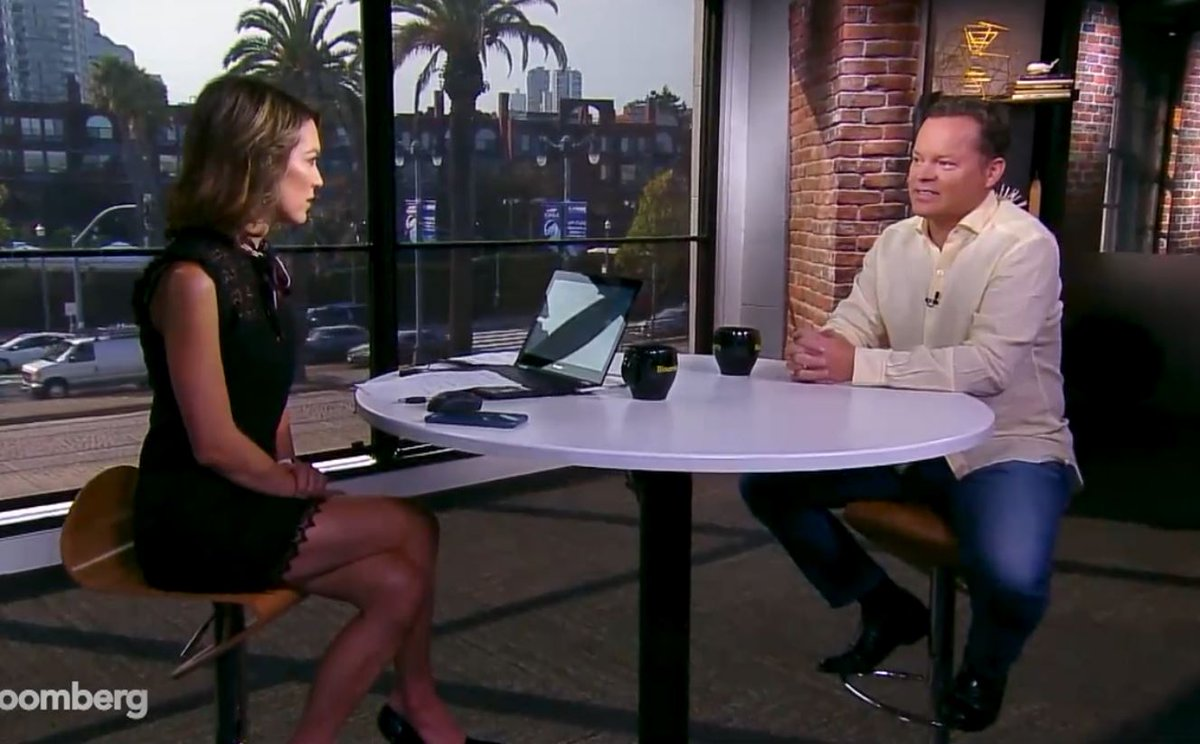 'Relentless' -- the co-founder of Siri @Dagk says Steve Jobs called him 37 DAYS IN A ROW, and at midnight, to get the deal done...but has she/he/it lived up to expectations? https://t.co/i5lXZGbDHg