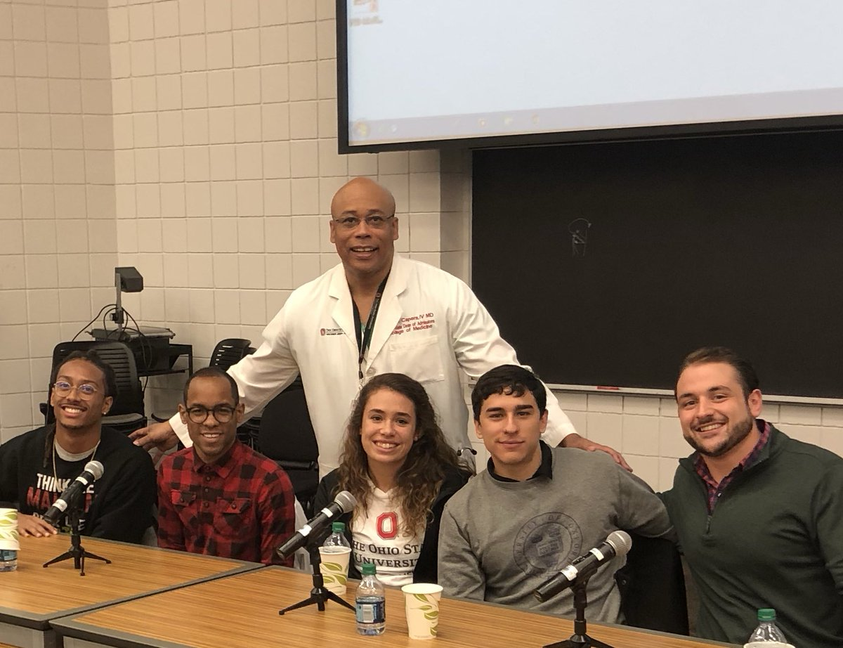 A big part of the job of an Admissions Dean: Information sessions with #Premed students. Tonight, 5 of my outstanding @OhioStateMed students are helping me get the word out! #ThisIsOhioState @AAMCPreMed @PreMed_StAR