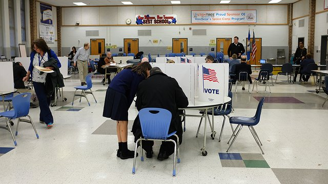 Florida not using Broward County's recount tally because it uploaded results 2 minutes late https://t.co/vaK4L36Rfy