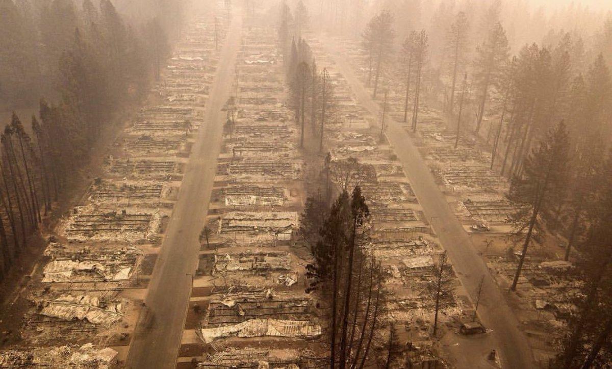 A burned neighborhood in #ParadiseFire:  (via @NBCNews)