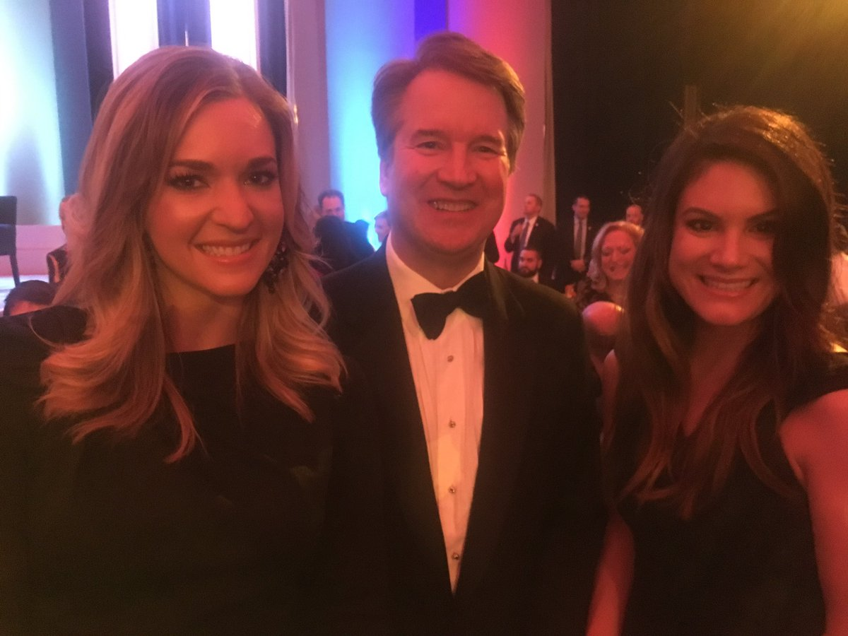 A true honor to meet Supreme Court Justice Brett Kavanaugh at tonight's @FedSoc dinner.