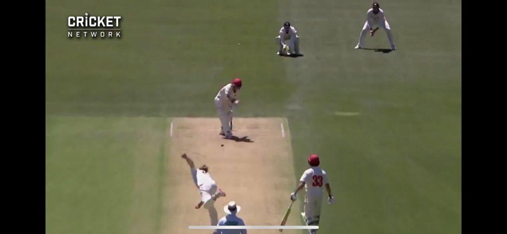 RT @plalor: The Travis Head LBW @AndrewFaulkner9 said it appeared to pitch outside leg. https://t.co/cAkD7KJvE2