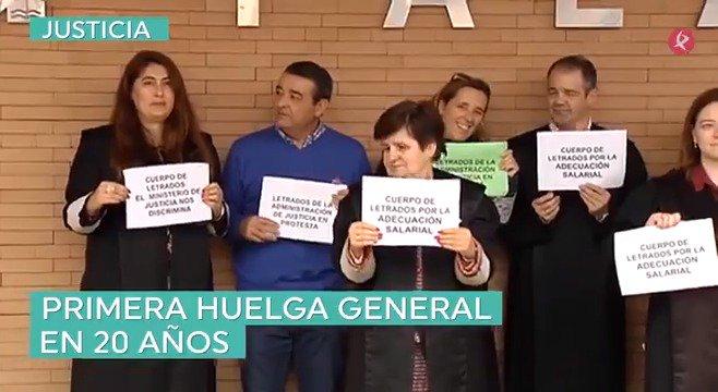 #SeráNoticia   #Almaraz vuelve a una actualidad donde también habrá huelga de justicia, entrevistas a rector de la @infouex y una amplia agenda cultura de fin de semana▶️👇.   #EXN https://t.co/RTXcR6ZiLt