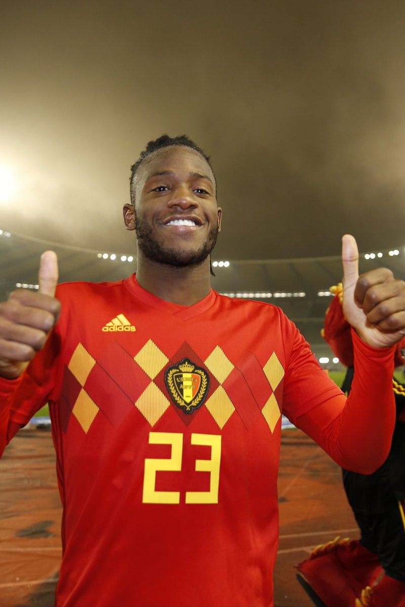 3 games, 3 wins ✅ Congrats to both match winner @mbatshuayi & @axelwitsel28 with 100 caps! 🇧🇪👏🏻 #NationsLeague #REDTOGETHER