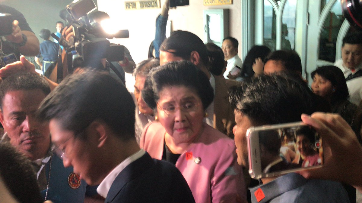 Ilocos Norte Rep. Imelda Marcos walks free for now after the Sandiganbayan approved her P150,000 bail bond pending decision of her motion seeking post conviction remedies.   @teejroxas https://t.co/NFJumxOUgf