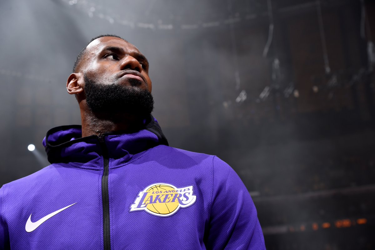 Donald Trump's biggest opponent isn't CNN or the NFL or Bernie or Booker or Beto.  It's @KingJames, and his refusal to shut up and dribble.  👑 ➡️ https://t.co/Nw2mNp3dZl