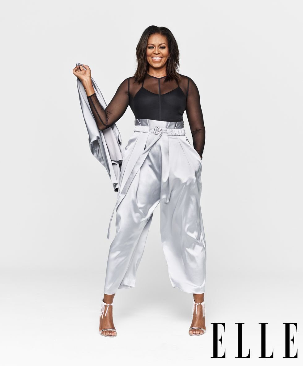 RT @whamitscam: Michelle Obama didn't have to snap that hard on us. https://t.co/Q7HYf6jiN6
