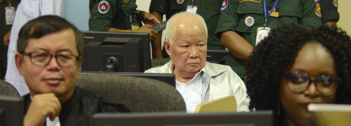 Deux anciens dirigeants khmers rouges condamnés à la perpétuité pour génocide https://t.co/ou6HC5gOH7