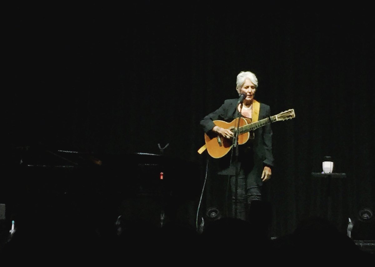 I Took Stunning Photo Of Dylan At >> Aidin Vaziri On Twitter She Sang Lots Of Bob Dylan Songs