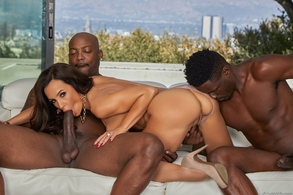 Black out sex, black ready to fuck wife
