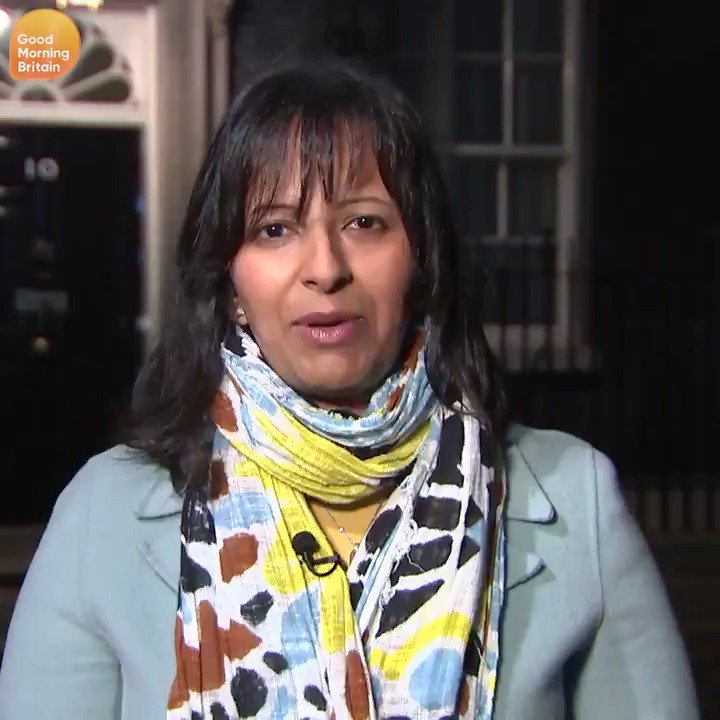 Theresa May is hanging onto power by a thread as MPs rebel over her #Brexit plan. At least 20 letters of No Confidence have been received, 48 are needed to trigger a leadership battle. @Ranvir01 explains what could happen next. More: bit.ly/2Pu065H