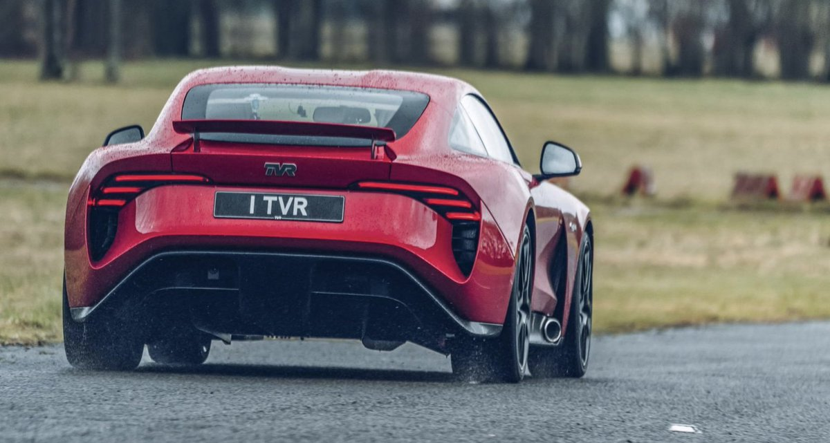 Goodness gracious, this thing sounds positively excellent. Have a proper listen to the TVR Griffith's 5.0-litre V8 here >> topgear.com/car-news/super…