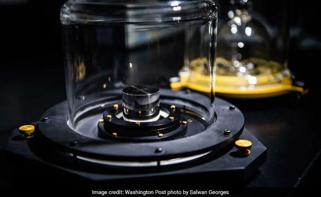 Today, scientists will redefine the kilogram for the 21st century https://t.co/qs5G8qS73t