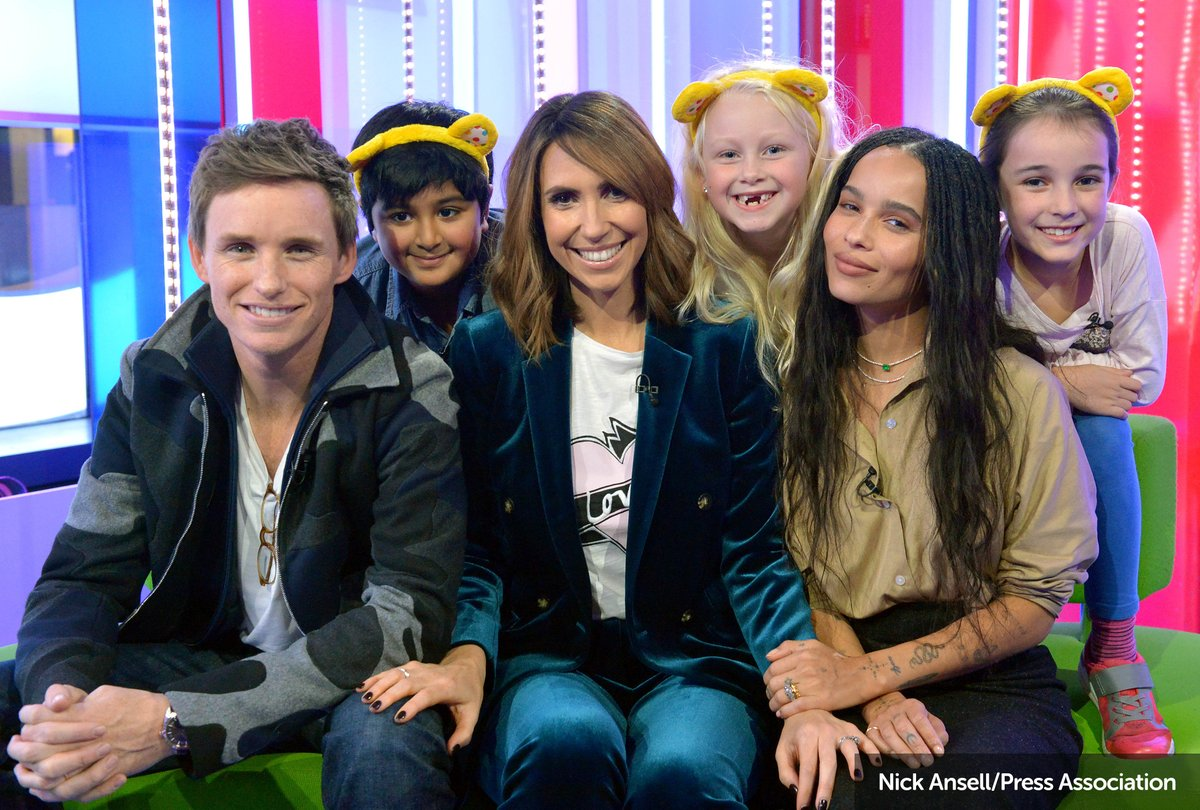 See #FantasticBeasts  stars Eddie Redmayne and Zoë Kravitz prank @MissAlexjones with children from schools fundraising for #CiN  - tonight from 7:30pm on @BBCOne!<br>http://pic.twitter.com/gE599BFZPy