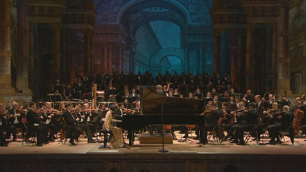 MUSICA | The world-famous @Vienna_Phil and the amazing @YujaWang gave a 'Concert for Peace' full of emotion at the Royal Opera House of Versailles, to commemorate 100 years since the end of the First World War.   Watch the full report: https://t.co/82AasPXfQU