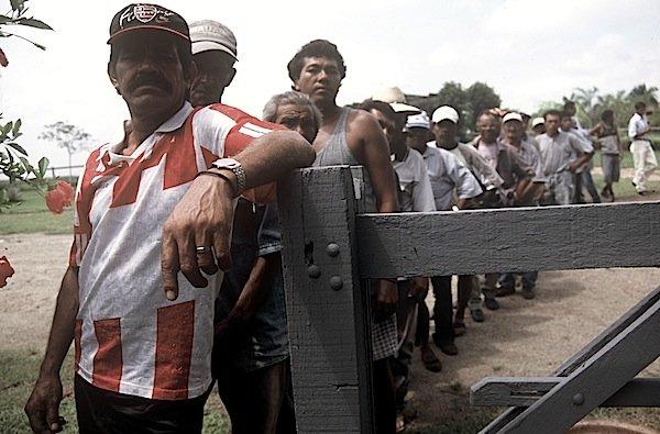 Do @blogdosakamoto: Chama médico cubano de escravo, mas não se indigna com escravo de verdade https://t.co/9IV8aSAq8l