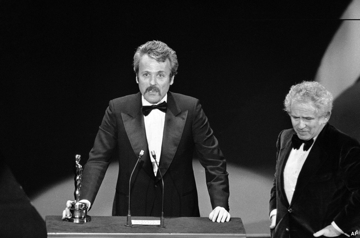 NEW: William Goldman, legendary screenwriter who won Academy Awards for 'Butch Cassidy and the Sundance Kid' and 'All the President's Men,' has died. He was 87. https://t.co/yFolJgwozo