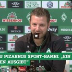 Image for the Tweet beginning: Claudio #Pizarro bekommt den #Bambi.