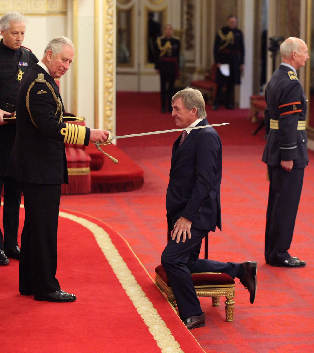 Arise Sir Kenny!! Former @Rovers manager Kenny Dalglish is knighted by Prince Charles for his services to football and charity...