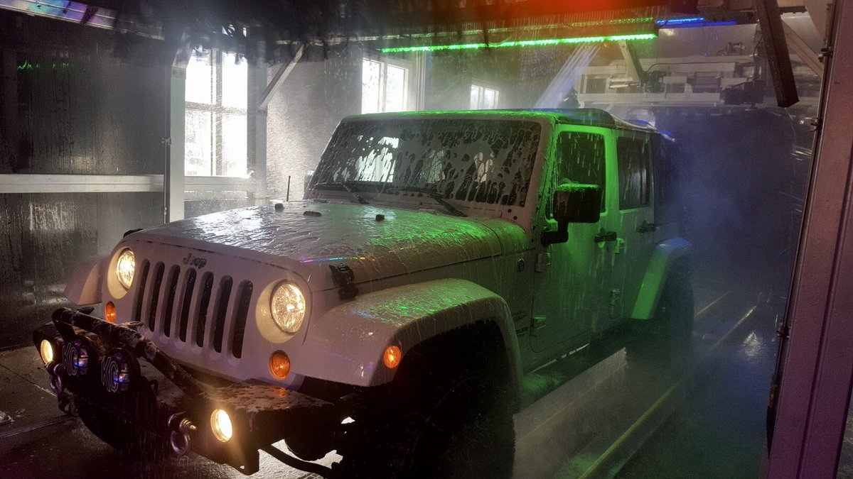 You Can Go Through Our Wash With A Hard Or Soft Top Vehicle If Have Any Questions Shoot Us Private Message Here Jeep Carwash