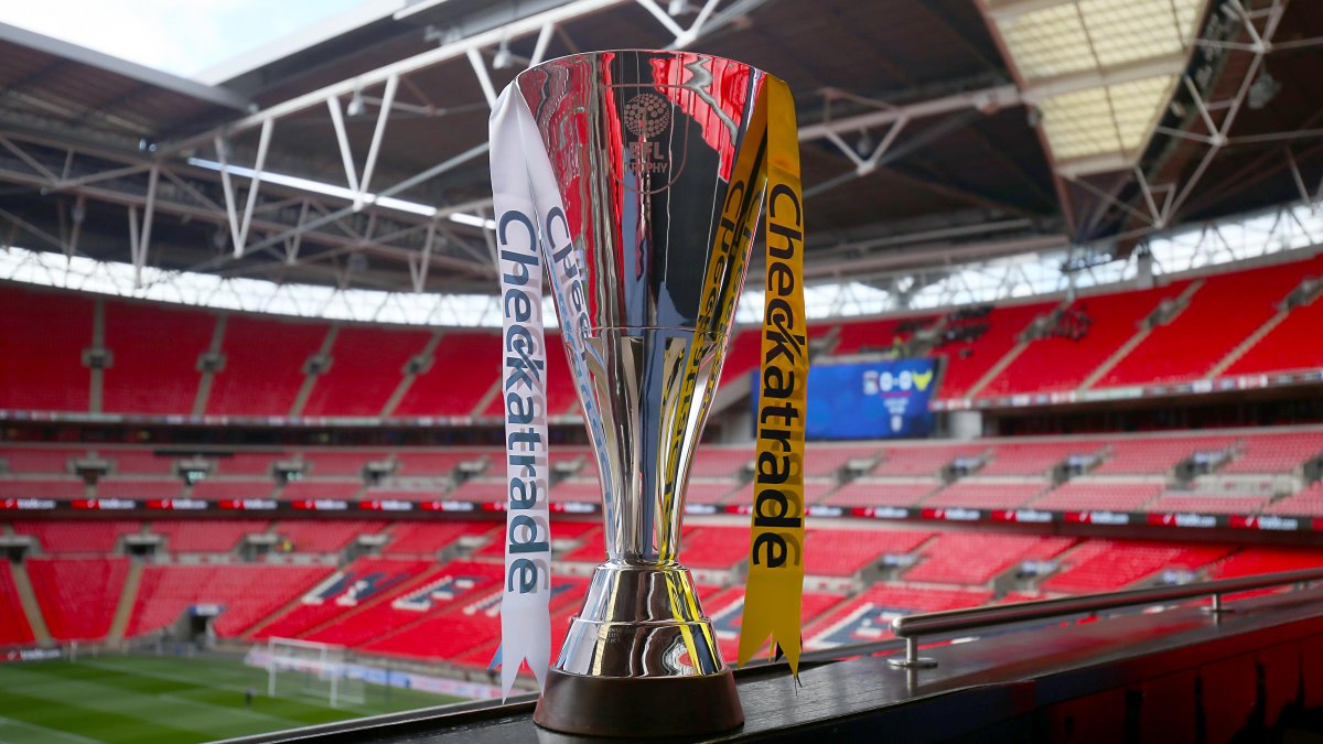 🏆 | #SwansU21s will play @Official_BRFC in round 2⃣ of the #CheckatradeTrophy 👇 swanseacity.com/news/young-swa…