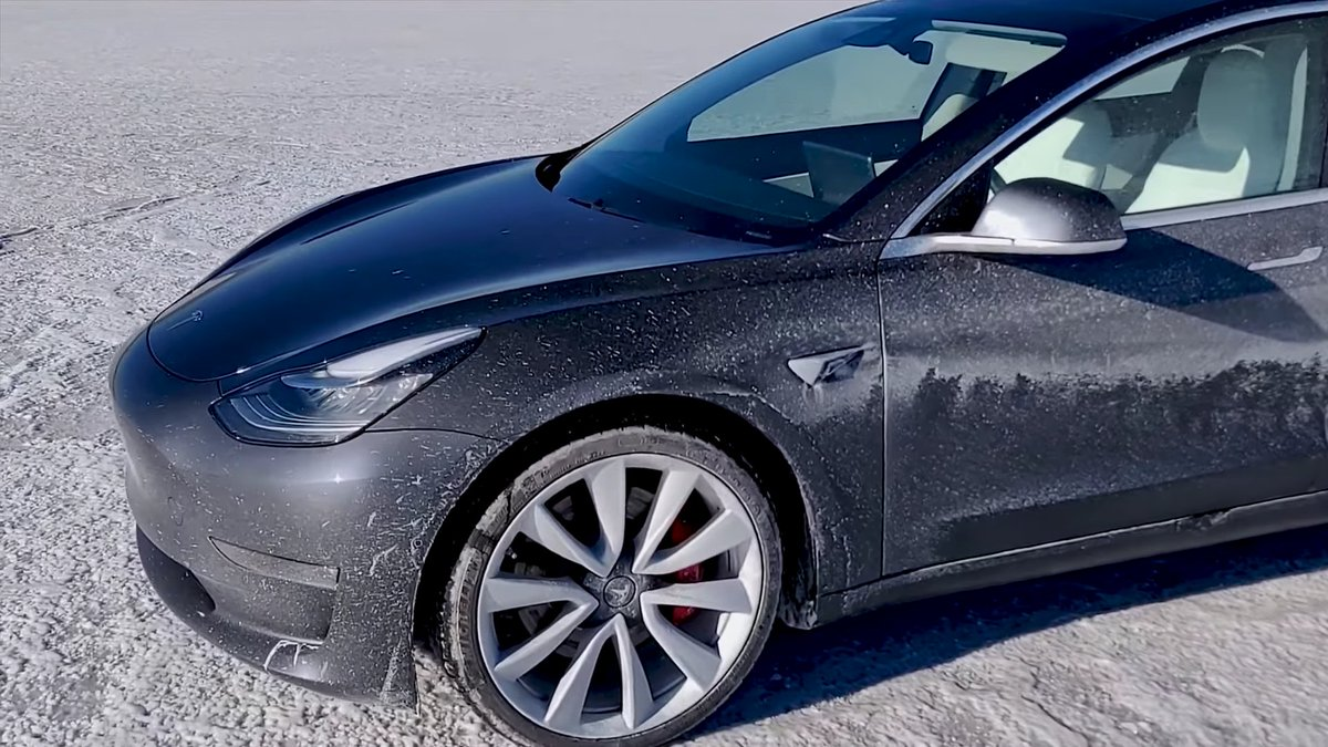 Top speed attempt gets extra intense after Tesla Model 3 Performance spins out at 135 mph ...