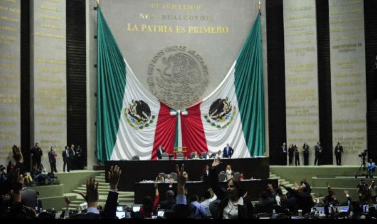 Chocan nuevamente Morena y el PAN en San Lázaro. https://t.co/VOZs94AFko https://t.co/smSXGTd9JZ