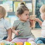 Image for the Tweet beginning: #PetiteEnfance Ce sont 8 familles