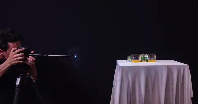 Çinli kamera ve lens üreticisi Venus Optics'in ürettiği Laowa 24mm f/14 makro lensi ile çeklien ilginç görüntüler.