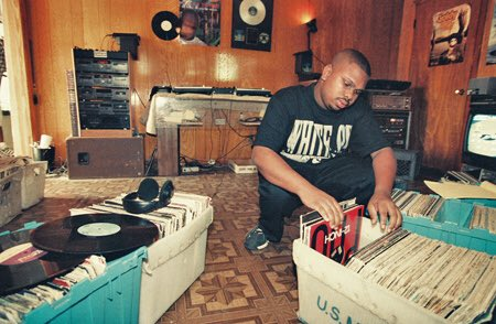 18 years ago today, the legendary DJ Screw passed away Rest in Peace DJ Screw 🙏🏼