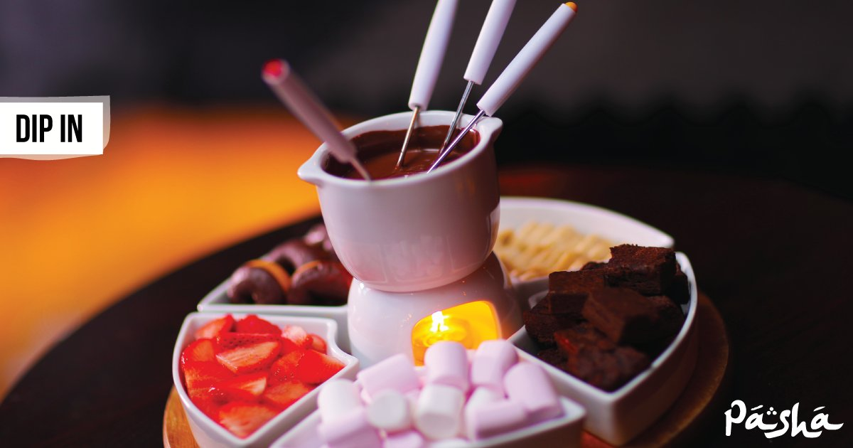 Are you fondue-ing anything tonight? If not, why not come round to our place tonight for a serving of the all-time classic sharing dessert - Chocolate Fondue! #pashashisha #pasha #shisha #Arab #hookah #lounge #Fondue #Chocolate #Brownies #Strawberries #Marshmallows