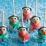 Image for the Tweet beginning: These cookies-and-cream snowman truffles are