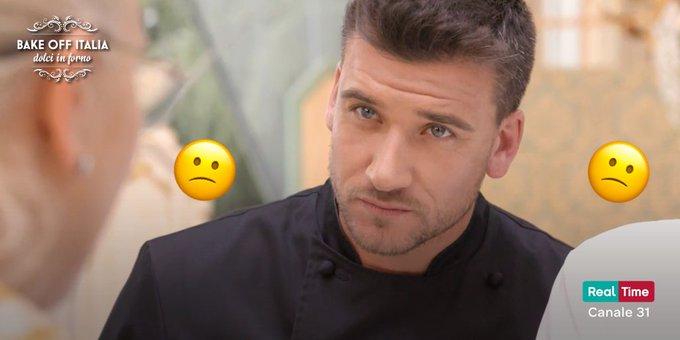 Altro che dolci, qui è la tensione che si taglia con il coltello, vero @chefcarrara? #BakeOffItalia Foto