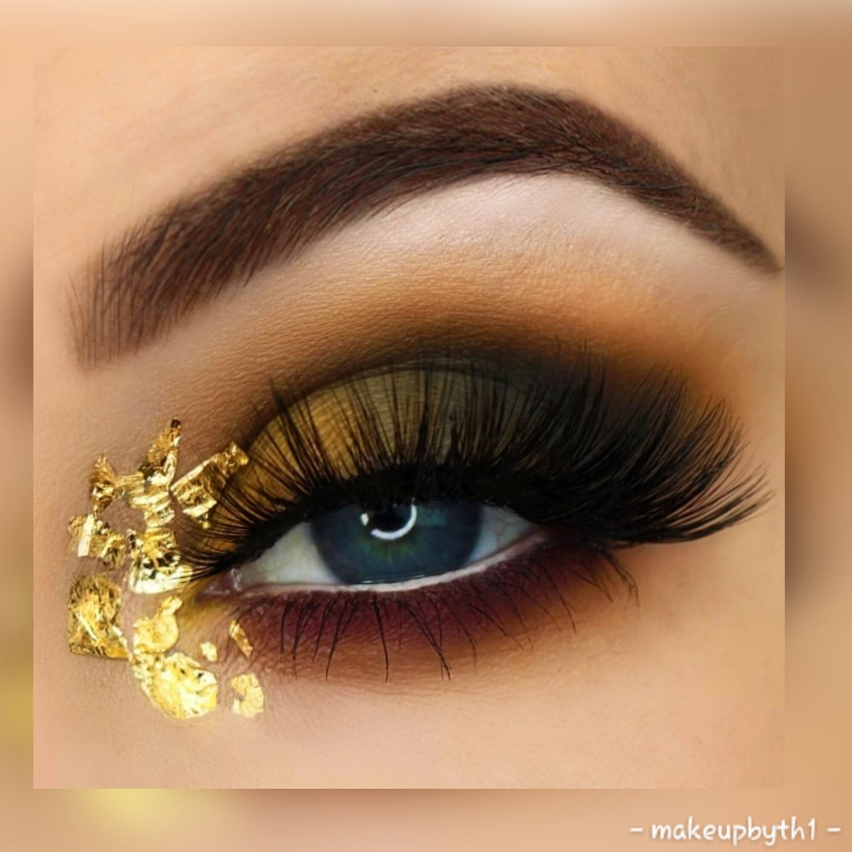 THOSE LASHES 🙊🙊🙊🙊!!!!!! 👏👏👏👏👏👏👏👏👏👏👏👏👏👏 I LOVE THEM..... NEED MORE!!!!!! @SoSueMe_ie #greedlashes  @laurencleare brushes @MACcosmeticsUK #fascinatingeyepencil  All Shadows @inglotireland & @FuschiaEffect  Golden Flakes @amazon https://t.co/ZoAkFOWivv