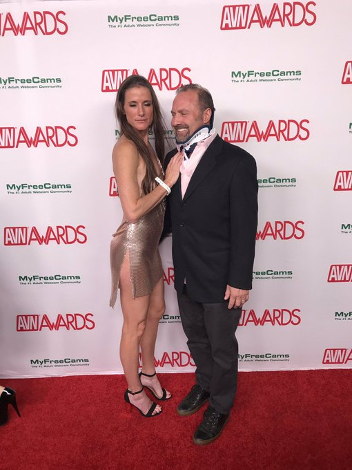 3 pic. Great fun at @avnawards last night! So fun seeing all the sexy peeps @AVNMediaNetwork @SwingpartyLa