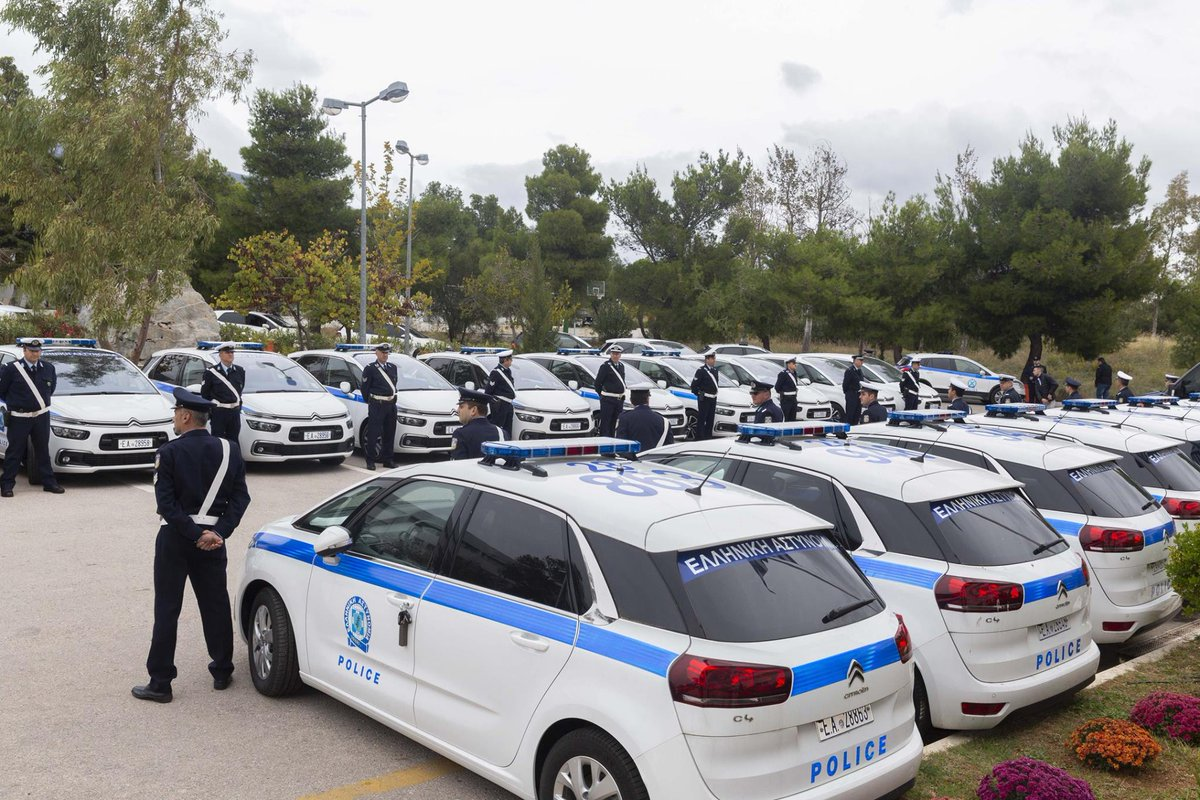 49 νέα οχήματα για την Ελληνική Αστυνομία - Τα παρέλαβε σήμερα