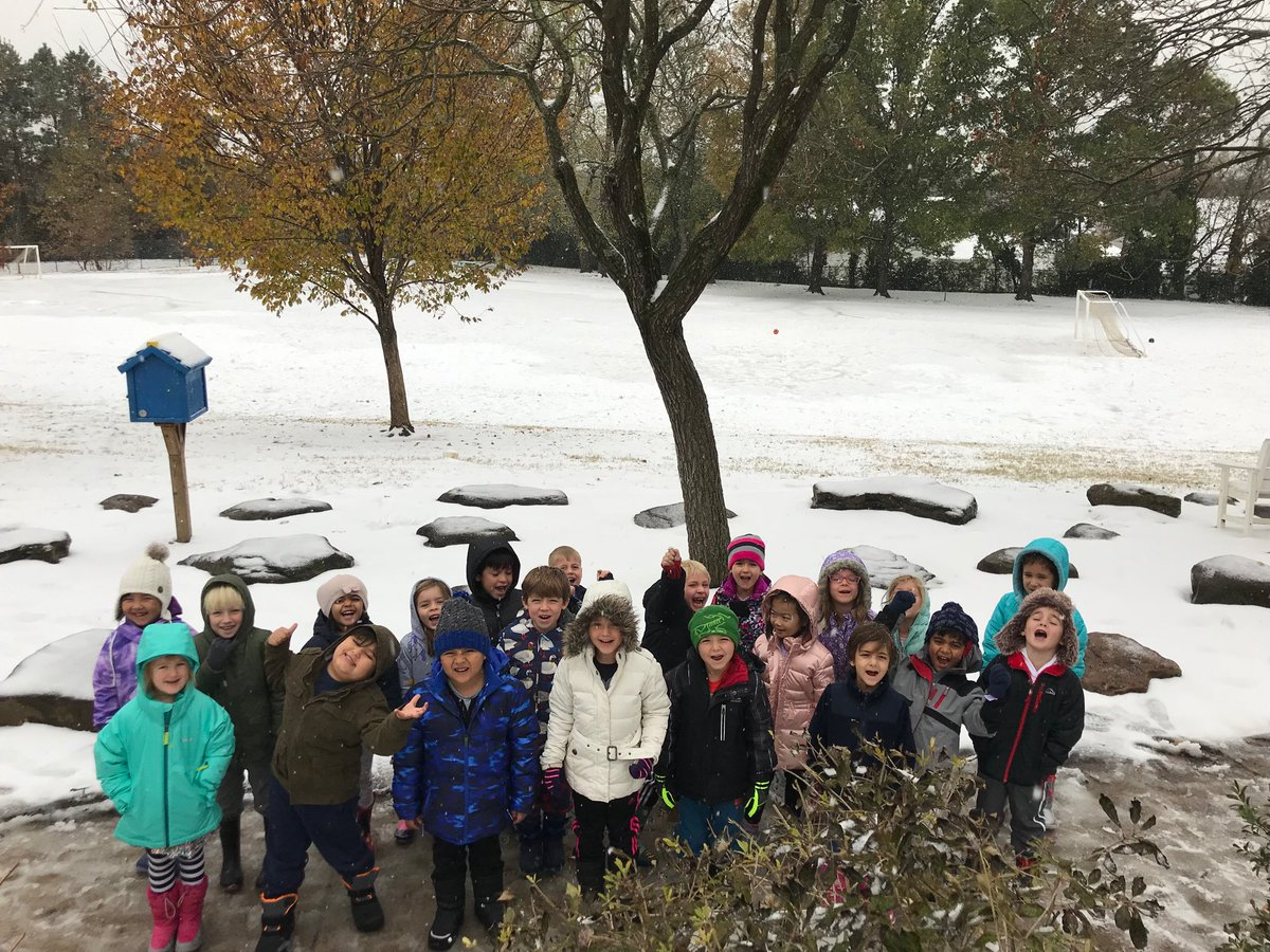 1st snow of the year, kindergartners loved it! ⁦<a target='_blank' href='http://twitter.com/APSVirginia'>@APSVirginia</a>⁩ ⁦<a target='_blank' href='http://twitter.com/glebepta'>@glebepta</a>⁩ ⁦<a target='_blank' href='http://twitter.com/Glebekdg'>@Glebekdg</a>⁩ <a target='_blank' href='https://t.co/V3hVojn6iw'>https://t.co/V3hVojn6iw</a>